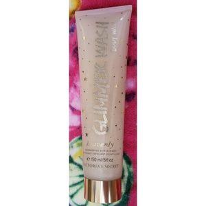 Victoria's Secret Heavenly glimmer wash 5floz